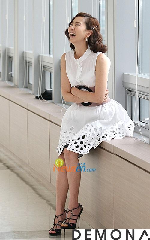 Chân váy đẹp ren đục lỗ hè 2021 - 2022 phong cách Hàn Quốc trẻ trung phần 14