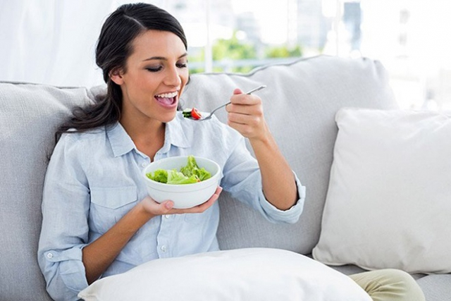 chế độ ăn uống sau sinh mổ