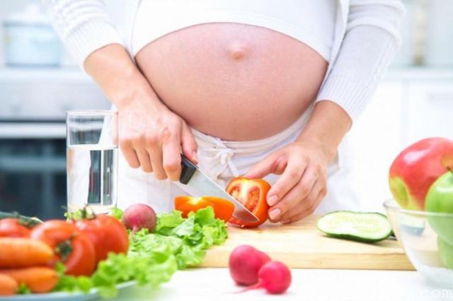 Chế độ dinh dưỡng cho bà bầu tốt nhất trong suốt quá trình mang thai