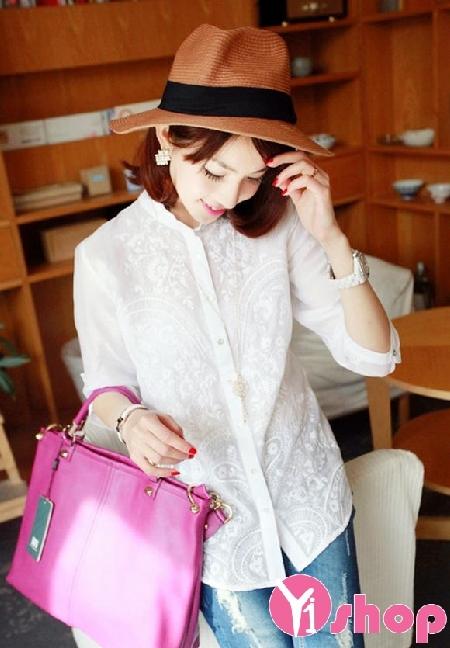 Chọn áo sơ mi nữ cổ trụ Hàn Quốc đẹp cho nàng vai ngang tự tin trong ngày hè