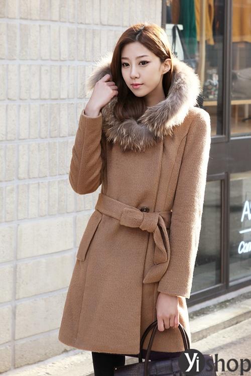 Diện áo khoác nữ cổ lông đẹp ấm áp ngày đại hàn đông 2021 - 2022 phần 11