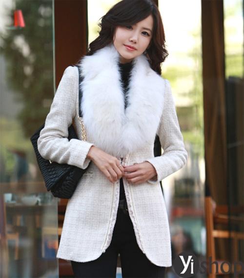 Diện áo khoác nữ cổ lông đẹp ấm áp ngày đại hàn đông 2021 - 2022 phần 7