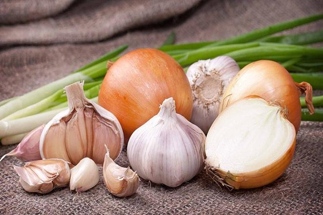 hành tây còn có tác dụng bổ sung thêm nhiều loại vitamin và khoáng chất có lợi cho sức khỏe.