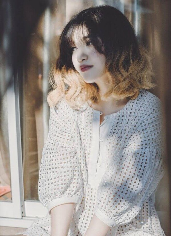 BST 10 mẫu tóc giả uốn xoăn ngang vai đẹp nhất mùa hè 2021 sành điệu, trẻ trung