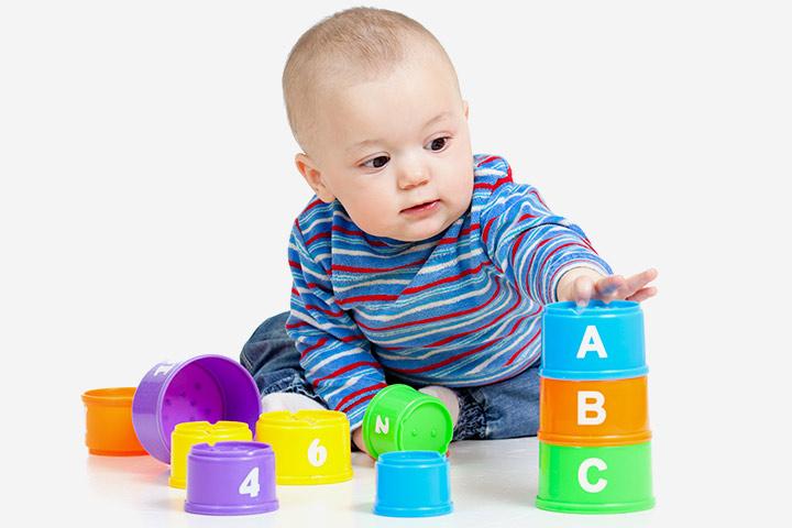 Trẻ sơ sinh bao lâu thì cứng cổ?