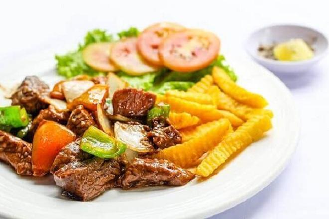 Để có một món ăn bổ dưỡng, các mẹ nên chế biến khoai tây cùng với thịt bò