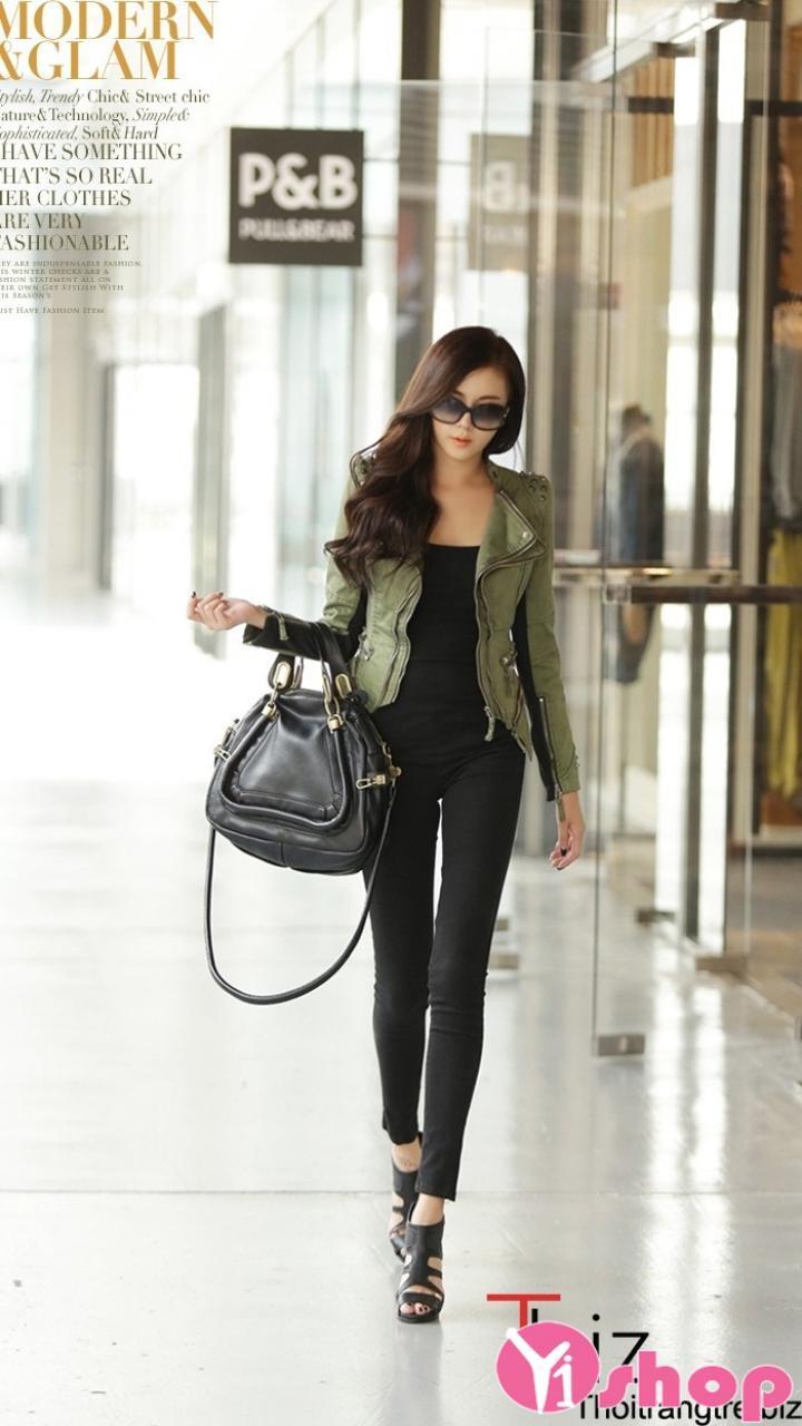 Kiểu áo khoác da nữ Hàn Quốc đẹp năng động ngày se lạnh thu đông 2021 - 2022