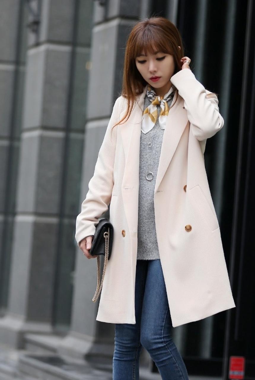 Kiểu áo khoác dạ nữ Hàn Quốc đẹp thu đông 2021 - 2022 được yêu thích nhất