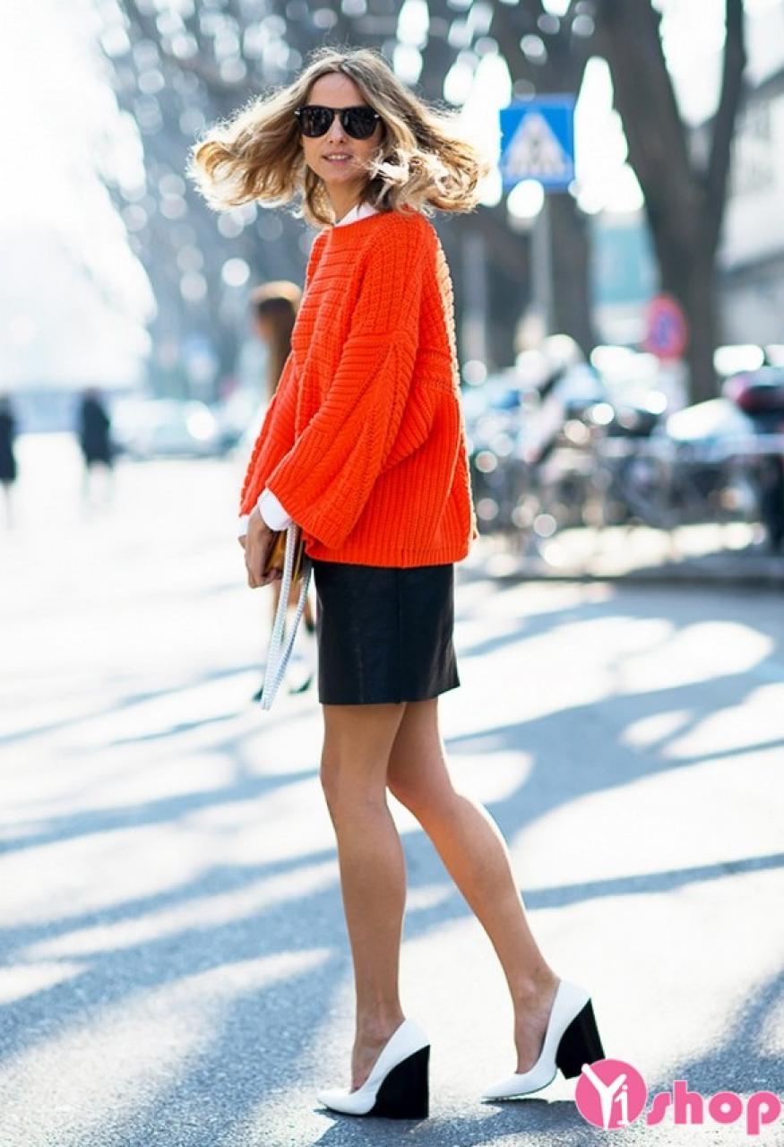 Kiểu áo khoác len sweater nữ đẹp thu đông 2019 sành điệu ấm áp