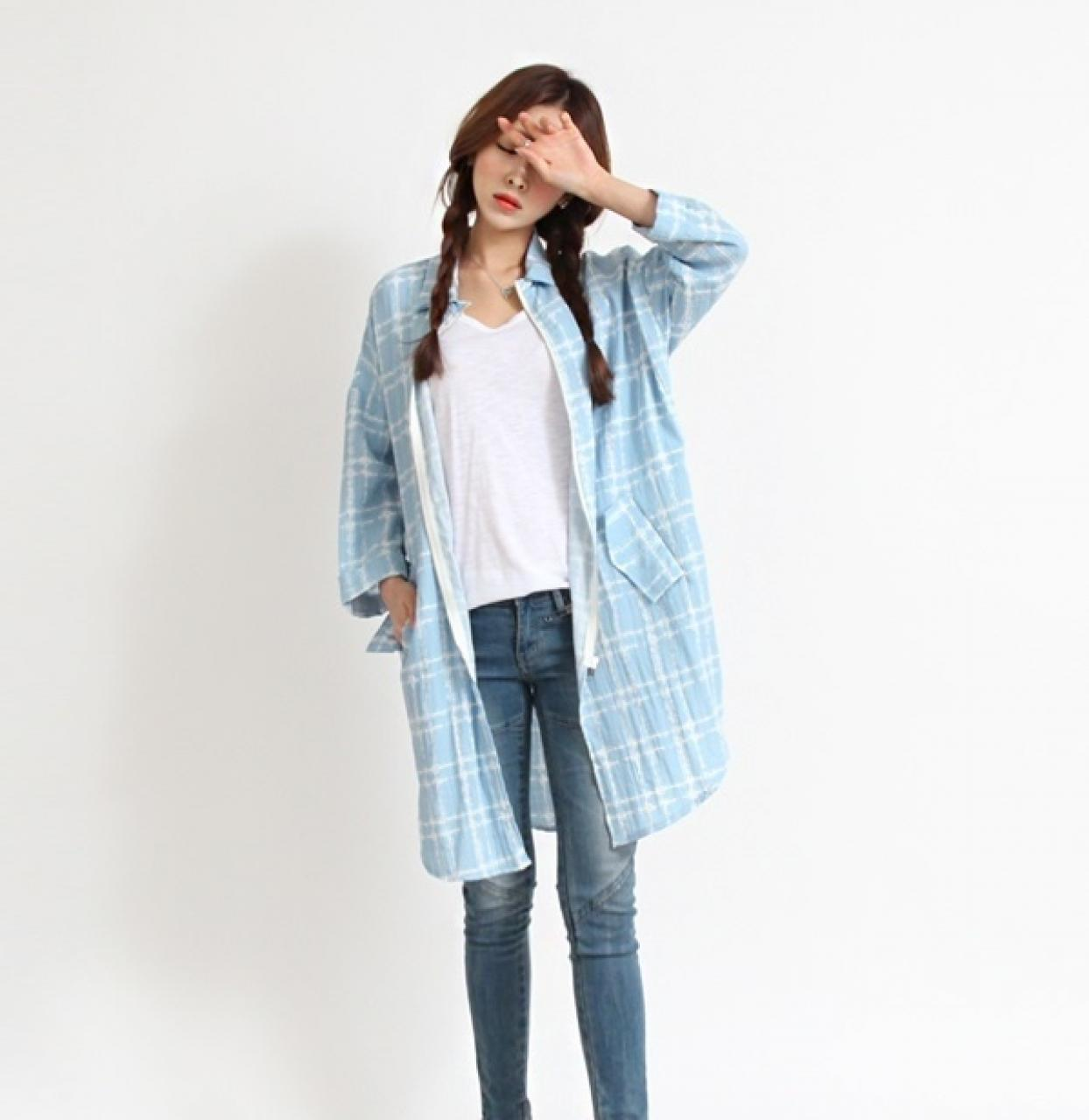 Kiểu áo khoác nữ mỏng đẹp thu đông 2021 - 2022 style độc đáo quyến rũ