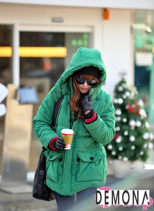 Kiểu áo khoác phao nữ có mũ Hàn Quốc đẹp đông 2021 - 2022 năng động ngày lạnh phần 10