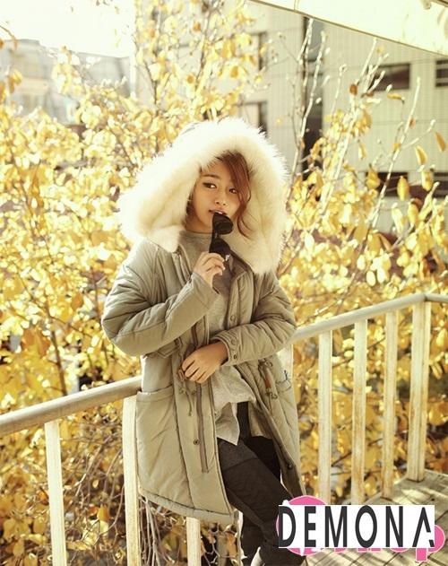 Kiểu áo khoác phao nữ có mũ Hàn Quốc đẹp đông 2021 - 2022 năng động ngày lạnh phần 13