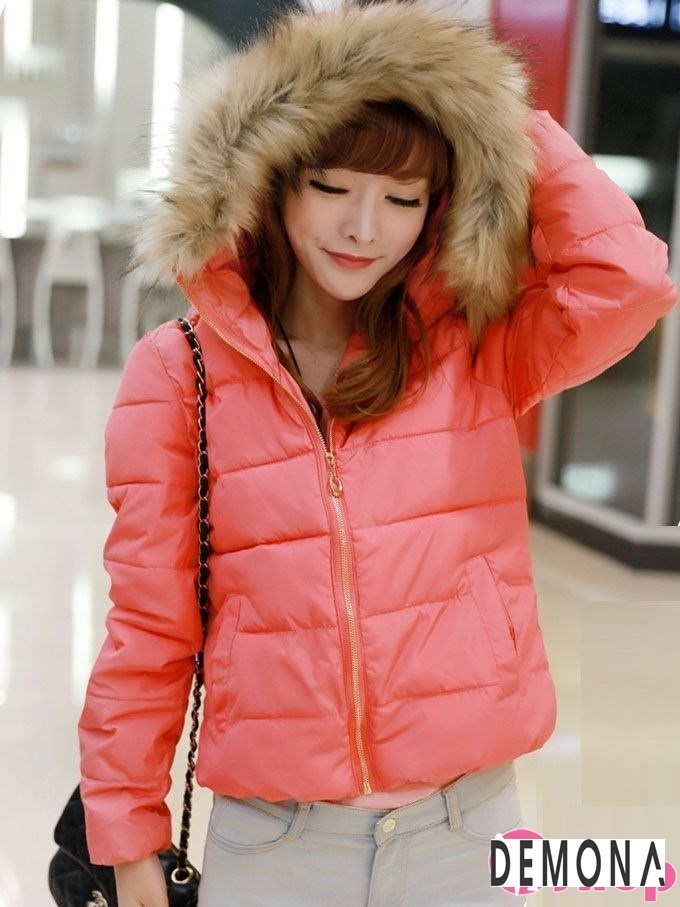 Kiểu áo khoác phao nữ có mũ Hàn Quốc đẹp đông 2021 - 2022 năng động ngày lạnh phần 5
