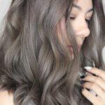 Nhuộm tóc màu nâu khói – Màu tóc đẹp khiến các nàng mê mẩn hè 2021