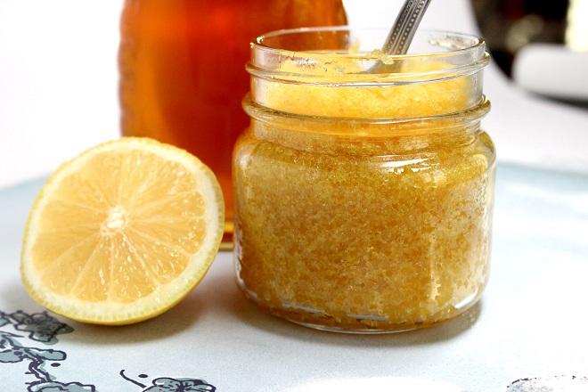 mật ong chanh đường tẩy tế bào chết
