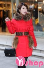 Mẫu áo khoác phao nữ thắt lưng đẹp cho nàng công sở xinh xắn thu đông 2021 – 2022