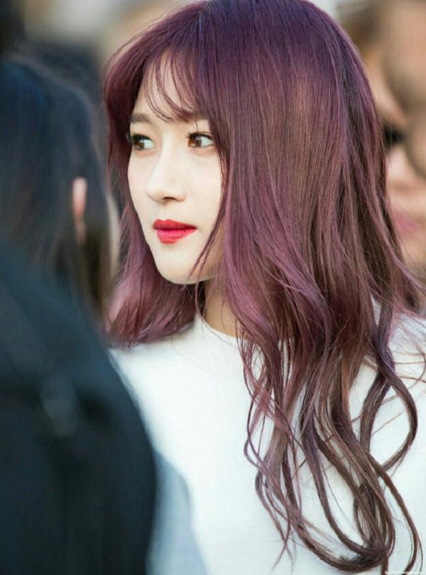 Nhuộm tóc màu nâu hạt dẻ Hàn Quốc - Màu tóc đẹp đang làm giới trẻ điên đảo hè 2021