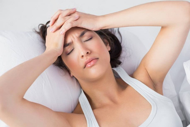 thai phụ đau đầu