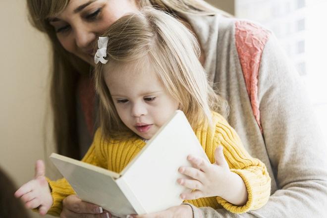 Cách giúp trẻ em bị bệnh down phát triển khả năng tự chăm sóc bản thân 1