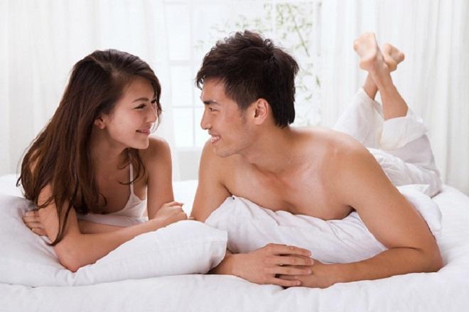 Nên trao đổi với người chồng