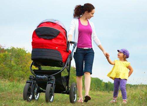 Những cách giúp mẹ giảm cân sau sinh mà không cần tập thể dục