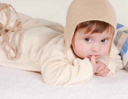 Những điều giúp mẹ tránh khô và nẻ da cho bé vào mùa đông