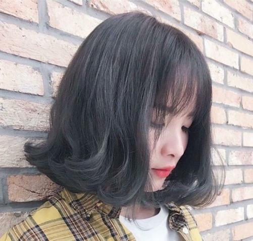 Những kiểu tóc nữ ngắn ngang vai uốn cụp đẹp 2021 cho học sinh