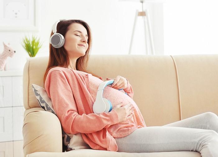 Những lợi ích tuyệt vời khi cho trẻ nghe nhạc từ trong bụng mẹ