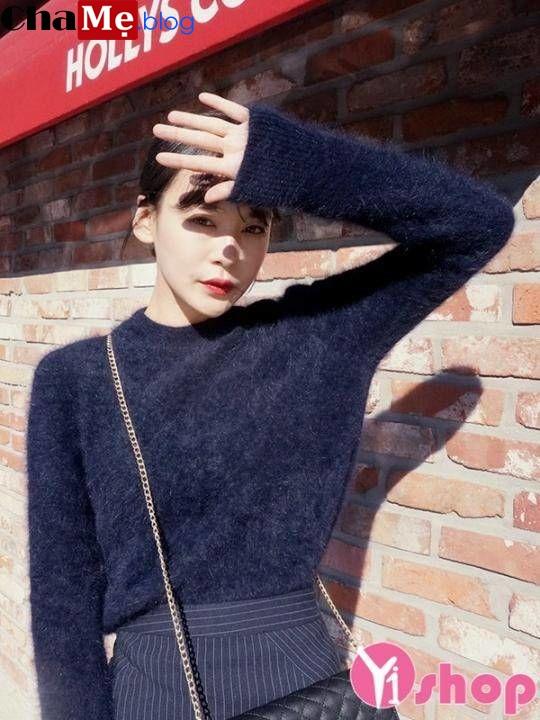Những mẫu áo len nữ đẹp hàn quốc cho người dáng mỏng đón đông 2021 - 2022