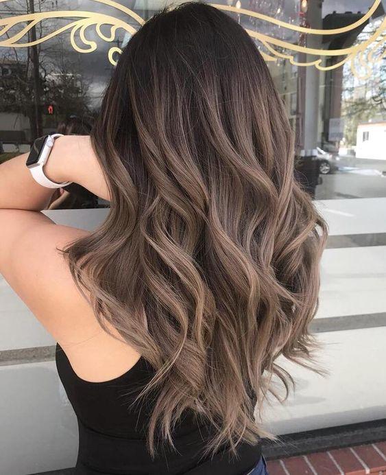 Những màu tóc đẹp thịnh hành nhất 2021 nàng không thể bỏ qua