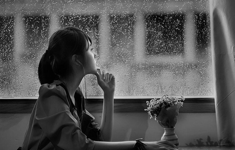 Stt tâm trạng buồn chán về cuộc sống gia đình, vợ chồng khiến bạn bật khóc