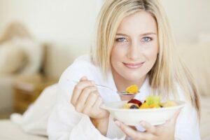 Những thực phẩm thích hợp cho bà bầu khi chuyển dạ