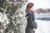 Những thực phẩm và trang phục giữ ấm cho mẹ bầu trong mùa lạnh
