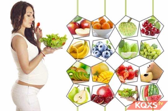 Ốm nghén 3 tháng đầu thai kỳ và chế độ ăn uống chuẩn khoa học cho mẹ bầu