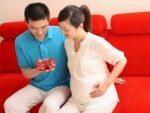 Phụ nữ sinh con ở tuổi 40 cần chú ý gì?