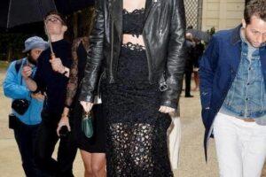 Sành điệu cả tuần nhờ mix áo khoác da nữ đẹp với món đồ ưng ý đông 2021 – 2022