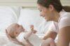 Sự phát triển của trẻ sơ sinh 1 tháng tuổi