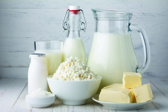 sữa và các chế phẩm từ sữa tốt cho phụ nữ sau sinh