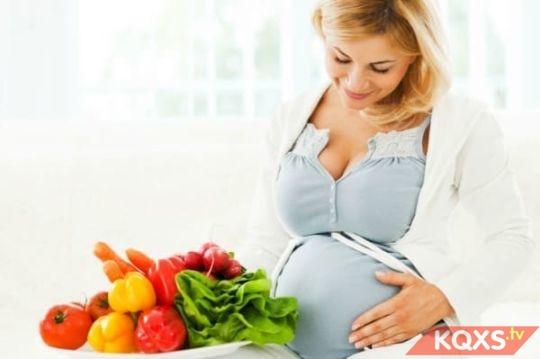 Tại sao bà bầu càng ăn nhiều rau củ quả càng tốt cho thai kỳ?