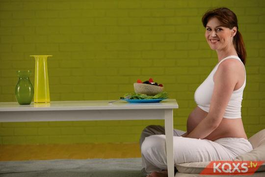 Thói quen ăn uống của mẹ bầu ảnh hưởng thế nào tới khẩu vị của trẻ sau này?