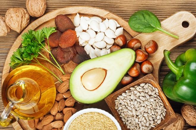 Bổ sung vitamin đúng cách sẽ giúp cơ thể mẹ bầu khỏe mạnh. Ảnh: Internet
