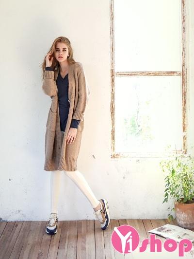 Tổng hợp 3 kiểu áo khoác nữ đẹp thu đông 2019 HOT nhất hiện nay