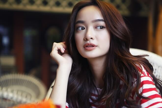 BST 10 kiểu tóc nữ đẹp cho khuôn mặt tròn bạn gái phải biết hè 2021
