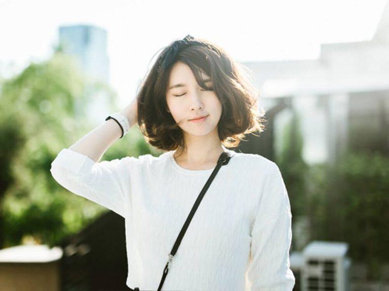 Top 10 kiểu tóc dài uốn xoăn đẹp hè 2021 phù hợp mọi khuôn mặt