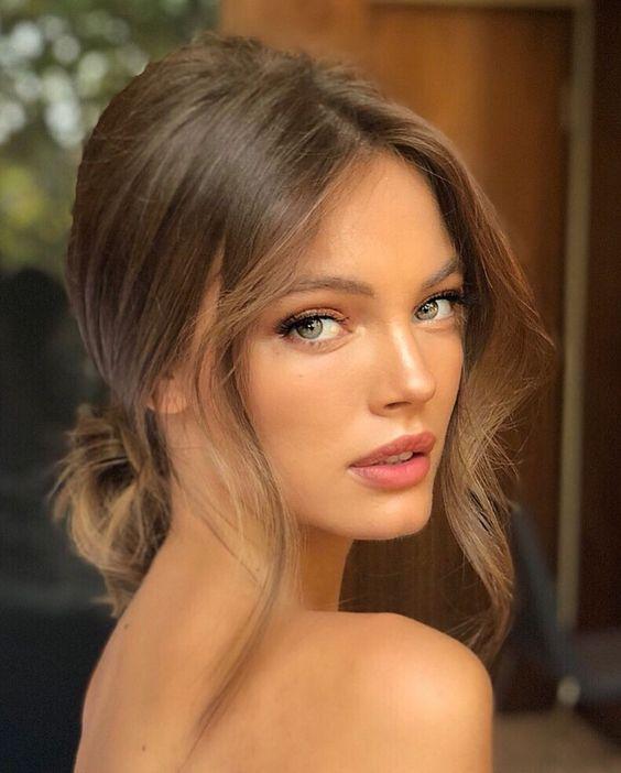 Top 15 kiểu tóc dự tiệc sang trọng phù hợp với mọi khuôn mặt