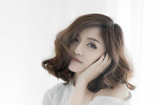 BST 19 kiểu tóc uốn đuôi đẹp Hàn Quốc được giới trẻ ưa chuộng nhất hè 2021