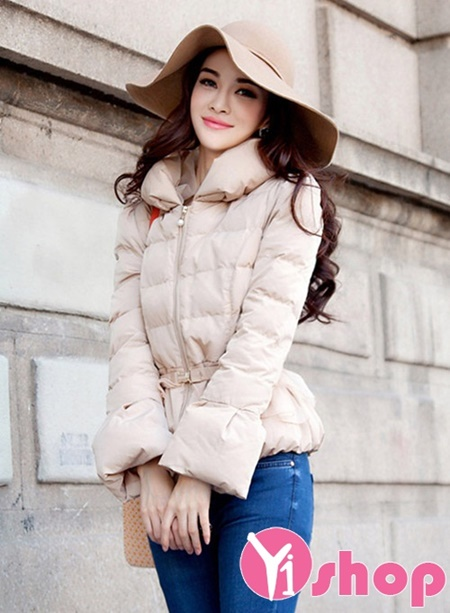 TOP 6 kiểu áo khoác nữ Hàn Quốc đẹp thu đông 2019 trẻ trung ấm áp