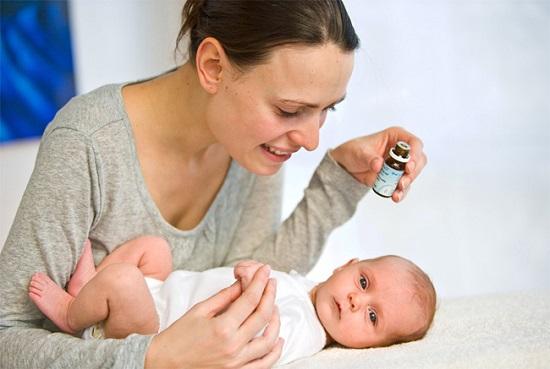 Bài thuốc chữa viêm họng cho trẻ sơ sinh theo kinh nghiệm dân gian