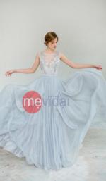 Váy cưới màu xanh pastel dịu mát mùa hè 2021 – 2022