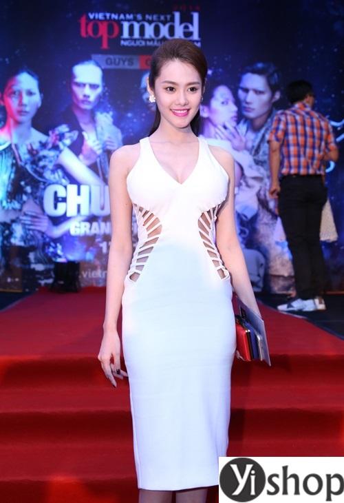 Váy đầm đẹp của sao Việt duyên dáng dự tiệc hè